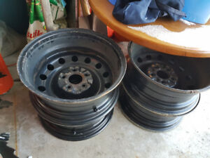215/60/16 Steel Wheels