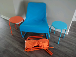 2 IKEA sling chairs and matching tables