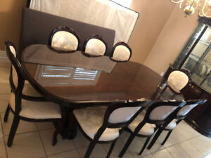 Dining Table Set - Great Condition!
