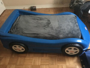 Little Tikes Bed with Mattress