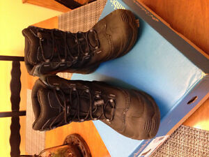 Boys Columbia boots