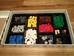 Lego - assorted pieces from Creationary game