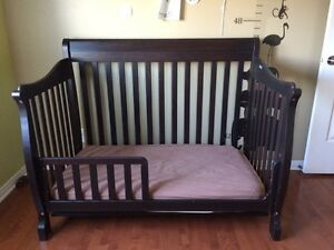 Basinette et lit d'enfant/ crib for baby ans toddler