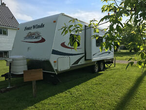 Four Winds Anniversary Edition Travel Trailer