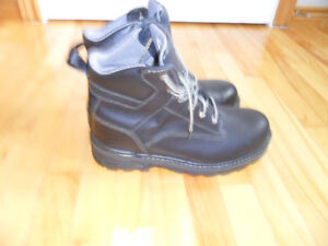 Men's Work Boots New,  Size 10.5