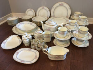 NORITAKE BONE CHINA - MAGNIFICENCE - 10 Complete Place Settings