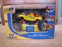 Rock crawler remote control truck - new