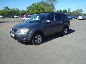 2007 MITSUBISHI OUTLANDER AWD $5500 TAX'S IN ,148,000KM