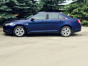 2011 Ford Taurus SEL Fully Loaded
