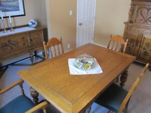 Early 1900's American style dinning room set