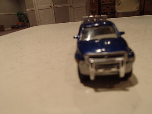Loose Blue 1996  '96 DODGE RAM Extended Cab by JOHNNY LIGHTNING Sarnia Sarnia Area image 2