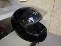 casque moto HJC (Grandeur petit)= 25$