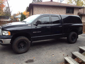 2005 Dodge Power Ram 1500 Pickup Truck with a 6 speed manual