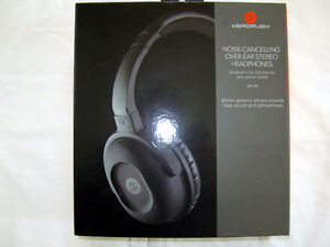 NEW HEADRUSH NOISE-CANCELLING STEREO HEADPHONES WITH CASE