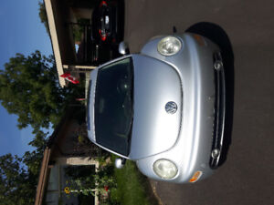 2001 Volkswagen Beetle Coupe (2 door)