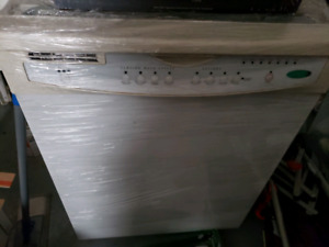 Lave-vaisaille dish washer whirlpool quiet partner III