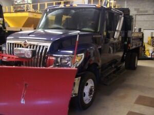 Used - 2014 TerrsStar International Truck come with V-Plow