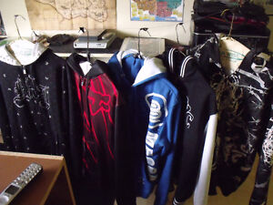 5 Hoodies excellenct condition $40 firm great Deal