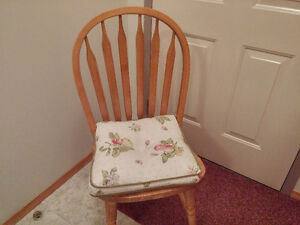 Dining Room Table, 4 Chairs, China Cabinet