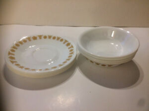 Vintage Corelle Butterfly Gold small set for 4