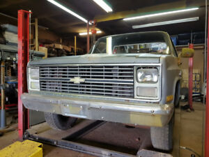 1984 Chevy C20 Pick Up