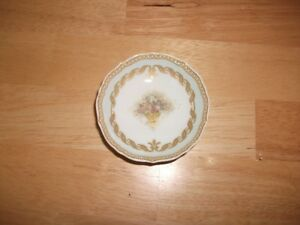 "No. 70  KAISER W.Germany  ""Musette""  Mini Dish"