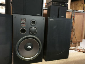 Audiosphere Research Monitor 3120 3 way speakers