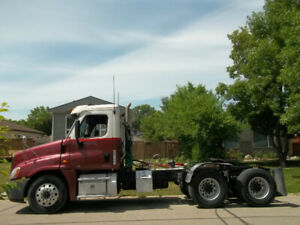 Day Cab | Find Heavy Pickup & Tow Trucks Near Me in Manitoba from