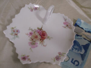 LIMOGES small dresser trinket tray with handle