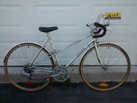 "Vintage Women's Raleigh ""Super Record"" Road Bike – 12 speed"