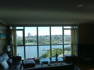 3BR 1250sf Yaletown/Downtown WATER Views! Luxary Fully FURNISHED