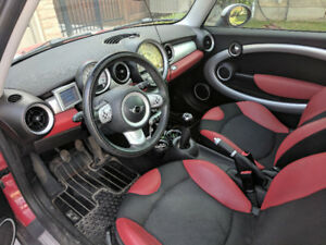 2008 MINI Mini Cooper Coupe (2 door) - MUST SEE
