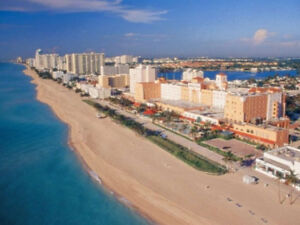 Studios by the Ocean and Boardwalk in Hollywood Beach