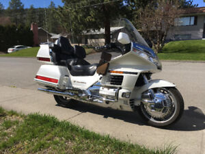 For Sale 1999 Honda Goldwing 1500 SE Canadian Edition - REDUCED