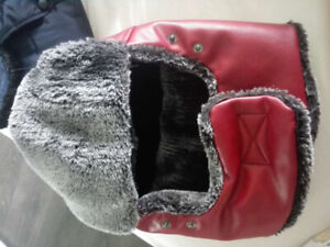 2 winter hat , brand new, for men or women, my head is too small