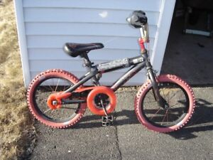 "16"" BOYS  ""HOT WHEELS"" BIKE"
