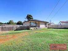 3 Bedroom Family Home with a  Large Open Plan Lounge & Dining Whalan Blacktown Area Preview
