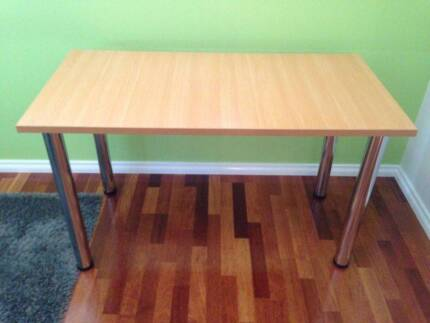 Desks (2 available) Old Beach Brighton Area Preview