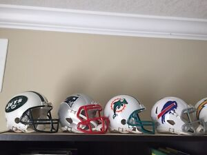 NFL 32 Team Mini Helmet Collection by Riddell