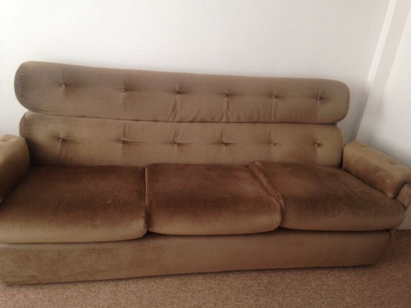 Sofa and 2x Chairs