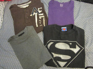 Lot of men's t-shirts -- Size Small