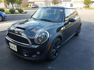 2011 MINI COOPER S PANORAMIC DUAL ELECTRIC SUNROOF