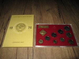 Two scarce old USSR Russia Mint Coin Sets 1976 & 1977