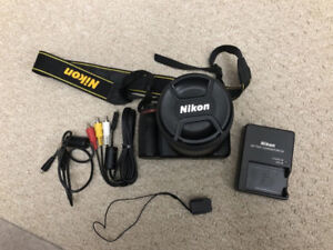 Nikon D5200 and Nikon 18-140mm (791 shutter count only)