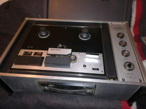 Sony solid state tapecorder 260