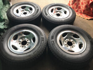 Ford Truck Original Rims With Winter Tires 235/70/R16