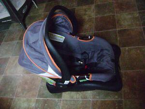 Baby Car Seat (newborn)