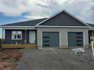 ANDOVER COURT, RIVERVIEW - NEW CONSTRUCTION - WITH GARAGE
