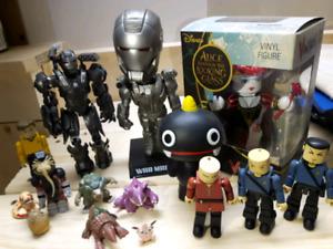 Toy lot - Iron Man, Aliens, Star Trek, etc