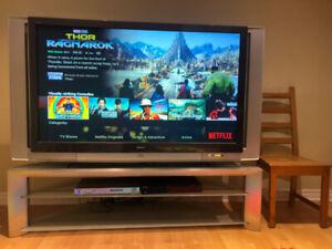 """Sony Grand Wega 60"""" LCD Projection TV"""
